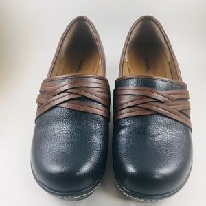 Thin McAn Wedge Loafer Shoes 8